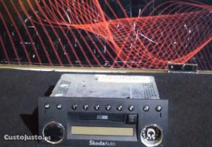 Rádio Skoda Fabia 1.4 2001