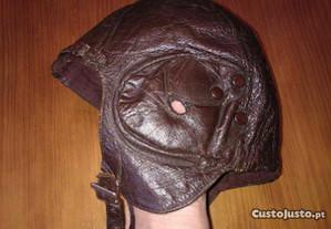 Capacete antigo em pele Grand-Sport (RARO)