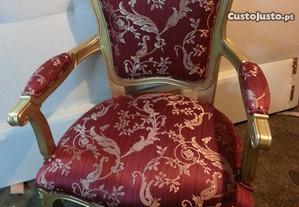 Cadeirao madeira dourada
