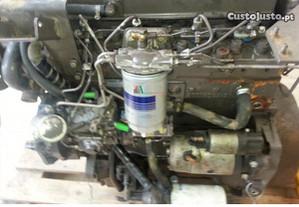 Trator -Motor Perkins série 1000