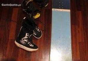 Prancha Snowboard Botas e Fixações (Novas)