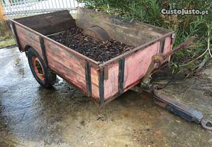 Reboque atrelado tractor agricola