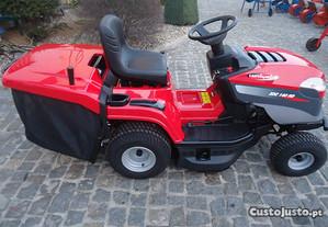 Trator Corta Relva Hidrostatico XDC140 HD (Grande