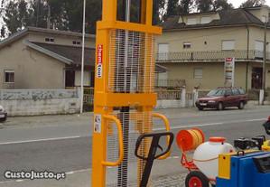Empilhador manual de 1000kg , elevação a 3 metros