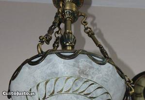 Lustre Antigo em Latão com Abajur em Vidro
