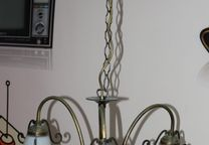 Lustre Antigo em Latão com 3 Abajurs em Vidro