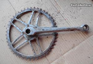 Bicicleta Pasteleira rodas pedaleiras