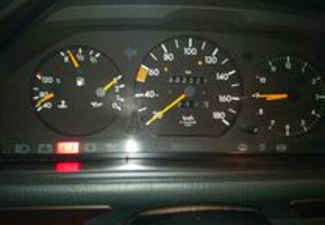 Mercedes-Benz 200 diesel - 90