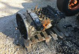 Caixa ZF S-16-221 renault camião tractor