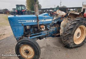 Trator-Ford 3600 para peças