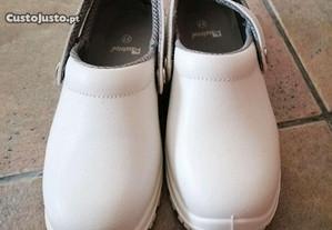Sandálias de trabalho