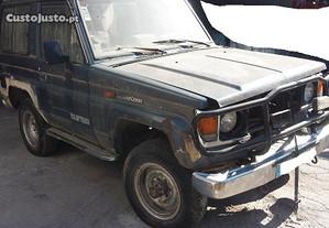 Toyota Land Cruiser LX para peças