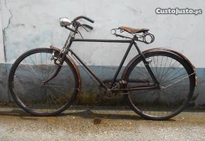 Bicicleta pasteleira antiga roda 28