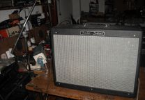 Amplificador de Guitarra Fender Hot Rod Deluxe