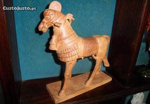 Cavalo Escultura Assírio