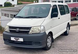 Toyota HiAce 9 lugares - 11