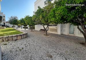Apt T2 situado em Conceição -dispo julho todo