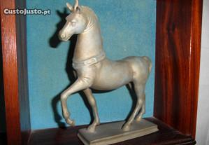 Cavalo Escultura Bizantino