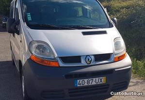 Renault Trafic 1.9dci 6 lug - 03