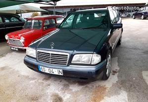 Mercedes-Benz C 180 gasolina e GPL - 96