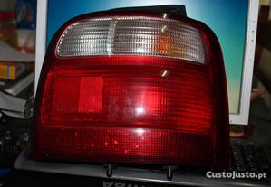 Suzuki Alto - Farol traseiro direito