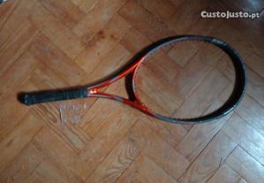 Raquete de tenis sem cordas
