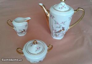 3 peças de louça/porcelana VISTA ALEGRE, anos 60