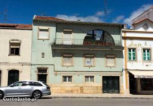 Moradia V5 no centro histórico de Tomar