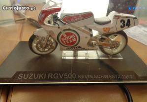 Mota Miniatura Suzuki RGV 500 Kevin Schwantz 1993