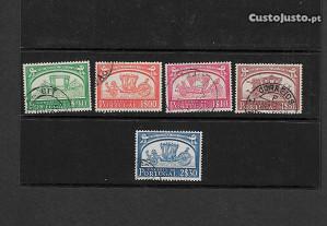 5 selos usados. Portugal 1952