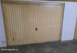 Garagem Box perto da CP de Algueirão