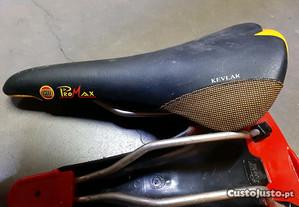 Selim bicicleta CM Promax Kevlar