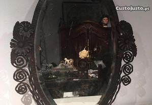 Espelho Arte Deco em ferro forjado