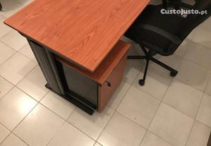 Mobililiario para escritorio e acessórios material