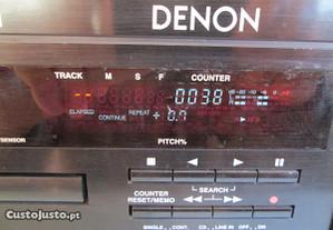 Sistema de som,marca Denon, modelo DN-620.