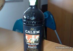 1-Garrafa de Vinho do PORTO VELHOTES Fine Tawny.