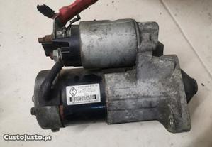 Motor de arranque Megane 1.5 DCI 8200584675