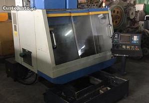 Centro de Maquinação LEADWELL MCV-0P