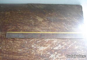regua antiga em madeira , muito usada 50 cm