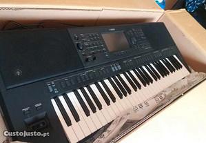 Yamaha PSR-SX700 novos para entrega imediata envio