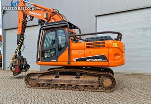 Escavadora de rastos - Doosan DX225