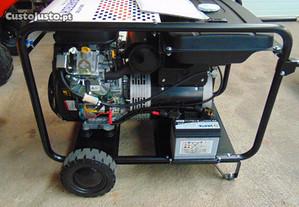 Gerador 24 KW com motor Vanguard