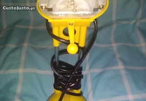 candeeiro de secretaria amovivel amarelo