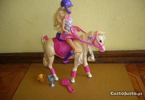 Barbie e cavalo