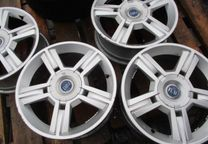 Jantes Fiat 4 furos R16