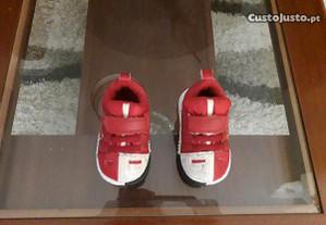Sapatilhas marca Nike 18 novas