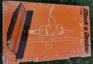 Mesa modeladora de madeira Black & DECKER