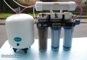 Purificador de agua, da marca AQUATHIN