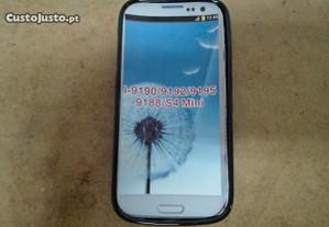 Capa em Silicone Samsung Galaxy S4 mini Preta