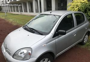 Toyota Yaris 1.0 - 02